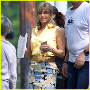 jennifer-aniston-dumplin-set-photos